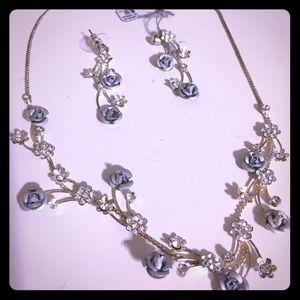 Jewelry - NWT Blue Rose and Rhinestone Jewelry Set SALE